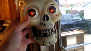 Playmotions Halloween Skull Is Possessed