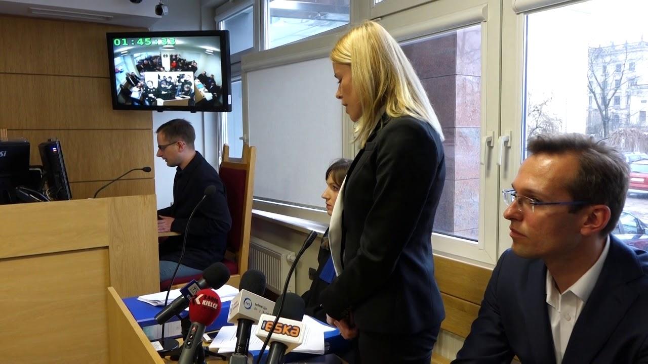 Prezes Michalczewska w sądzie podczas rozprawy o przetarg autobusowy w Kielcach 29.12.2017
