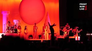 "Solange Performs ""Don't Touch My Hair"" at FYF Fest 2017"