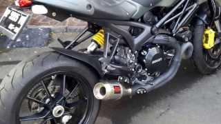 Knalpot Racing Werkes Terpasang di Ducati Monster Diesel 1100 EVO