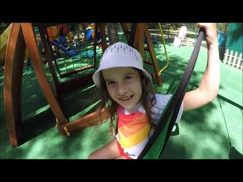 #Ейск#Детская площадка в парке Поддубного! Даша не успела прокатиться на пони, идет в комнату страха