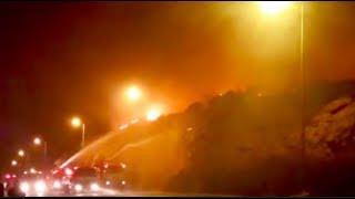 ΣΠΑΠ: Μάχη με τις φλόγες στην πρώτη γραμμή της πυρκαγιάς στα Καλύβια Θορικού και τη Σαρωνίδα