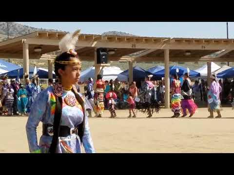 Retiring the colors Saturday afternoon 2017 numaga powwow