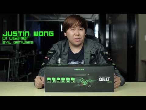 Razer Atrox: Unboxing with Justin Wong