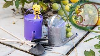 Как сделать лейку для кукол.  How to make garden tools for doll.