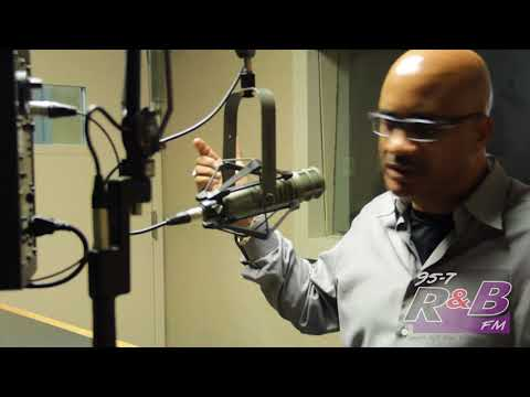 Comedian John Henton talks Living Single and Hugleys Part 1