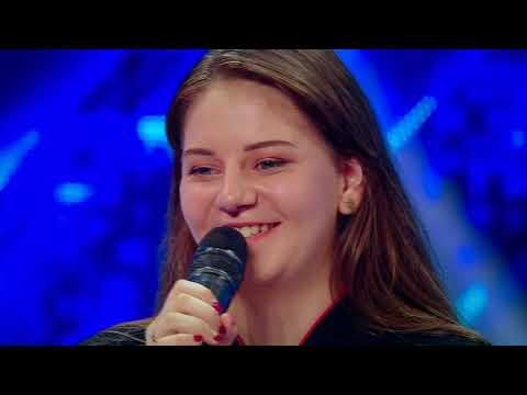 Prezentare. Melinda Deneș Vincze, olimpică la chineză. Doar ea știe ce le-a spus juraților X Factor