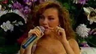 Thalia no Programa Em Nome do Amor - Parte 3