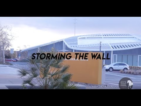 Todd Miller: Storming the Wall