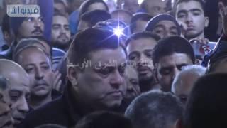 بالفيديو : بكاء معتز الدمرداش اثناء صلاة الجنازة علي ماما نونة