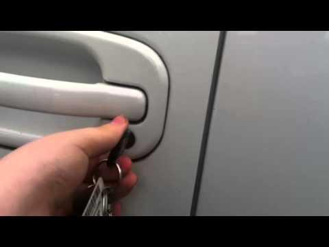Unlocking The Door On My Mother S 2004 Chevrolet Tahoe Z71