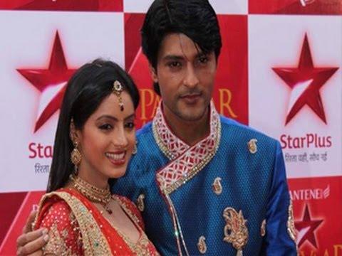 Sooraj FINALLY CONFESSES his LOVE for Sandhya in Diya Aur Baati Hum 21st May 2012