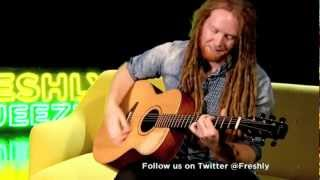 NEWTON FAULKNER PERFORMANCE - CLOUDS