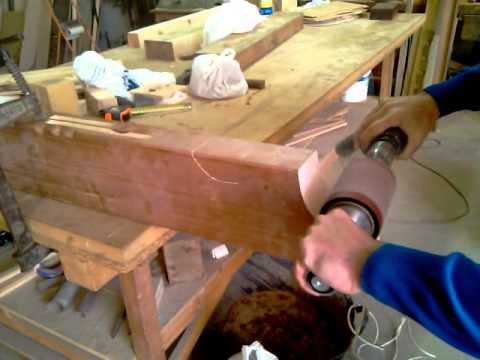Jucarsa maquina lijado de pecho paloma en vigas de madera - Verjas de madera ...