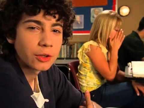 [Lizzie McGuire \: Gordo is in love with his best friend ♥]