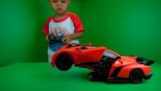 Video Mainan mobil lamborghini bisa jadi robot transformers download MP3, 3GP, MP4, WEBM, AVI, FLV September 2019