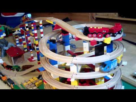 brio-eisenbahn-und-lego-toy-train-wooden-railway-system-and-lego-(hd)-kinderkanal