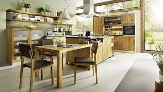 Mesmerizing Country Cottage Kitchen Unravels a Brilliant World of Wood!