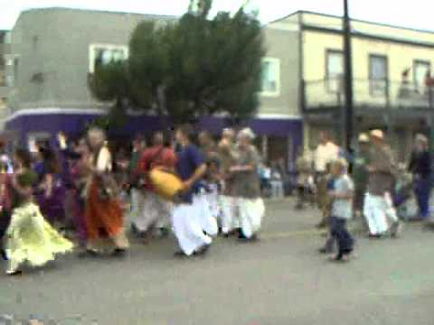 ASHCROFT RODEO DAY PARADE 2012.wmv
