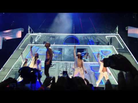 Chris Brown Turn Up The Music Live Stockholm Globen 19/11 2012