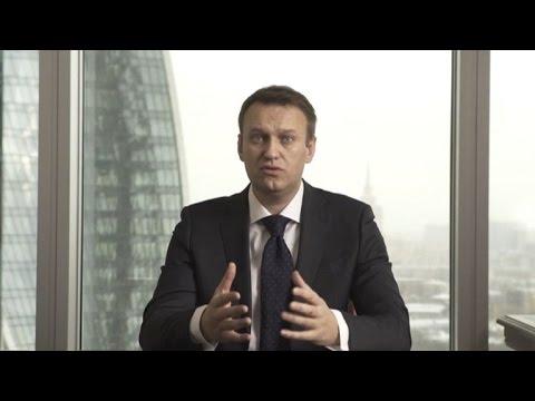 Putin foe Navalny announces 2018 Kremlin bid