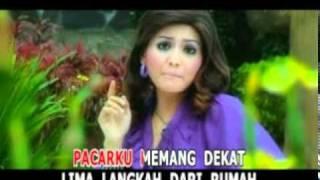 PaCaR LiMa LaNGkaH MP3