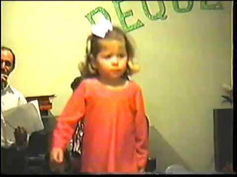 Escola Pequetitos - Desfile de modas (anos 90) (acervo antigo)