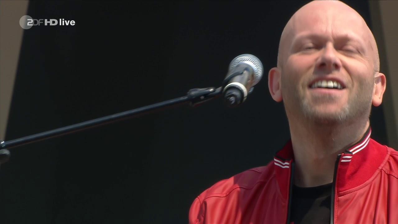 Download Dario G - Sunchyme (ZDF-Fernsehgarten - 2019-06-16)