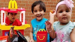 Макдональдс проїхати діти Прикинься грати | діти весело прикидатися, грати в іграшки кухня набір показати | Джай Биста