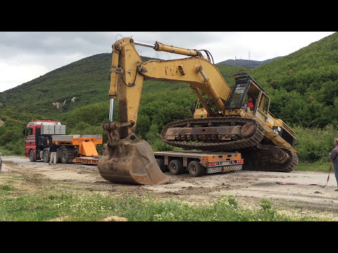 Transporting Caterpillar 375 Excavator - Heavy Transports