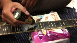 SEAMI -Hướng dẫn âm nhạc -Vệ sinh cần đàn guitar