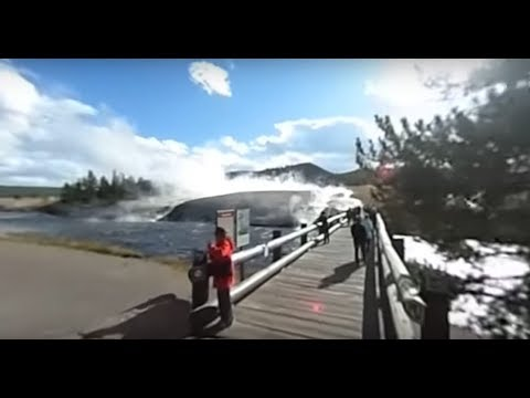 A Cold, Steamy Day at Midway Geyser Basin, Yellowstone -- 360 VR!
