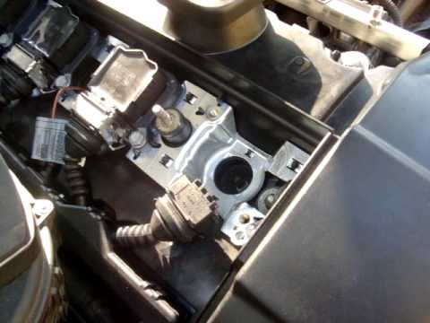 Diy Bmw Spark Plug Removal And Installation Youtube