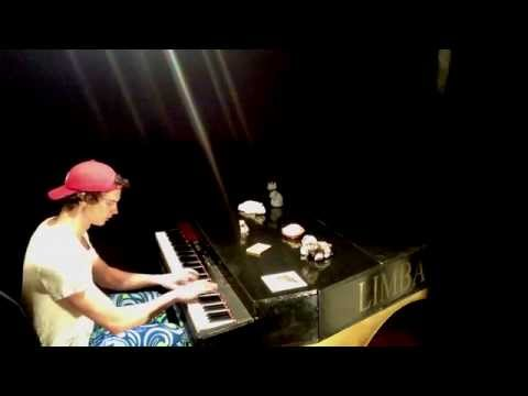 Amazing Piano Solo - VERY difficult