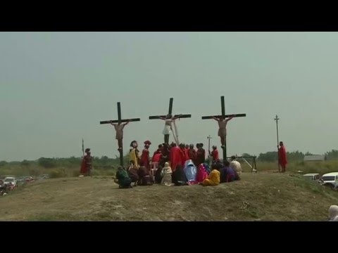 Shocking crucifixions on Good Friday in the Philippines