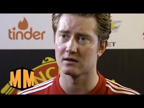 Fotballproff Går Etter Pengene | Martin Og Mikkelsen S2E15