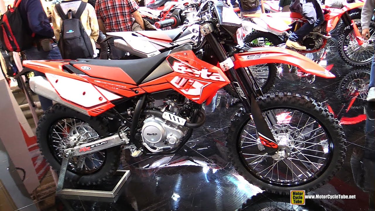 2015 beta rr enduro 4t 125 lc walkaround 2014 eicma milan motorcycle exhibition youtube. Black Bedroom Furniture Sets. Home Design Ideas