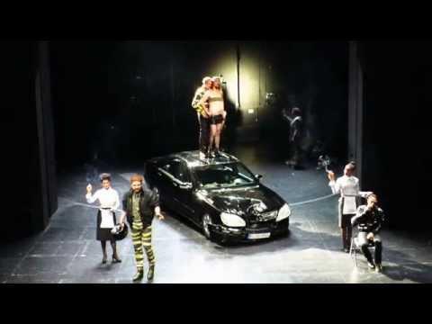 Der Untergang der Nibelungen am Maxim Gorki Theater in Berlin