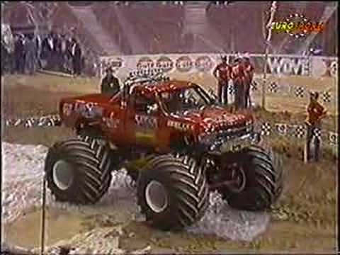 USHRA Monster Truck Racing Pittsburgh Civic Arena 1/4