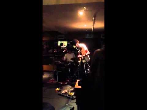 Jog On (Dub Trio Cover) | wearenotdolphins