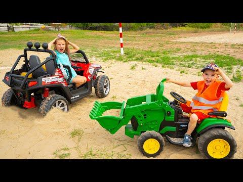 Большая Машинка застряла в песке Трактор Экскаватор помогает История от Артура и Мелиссы