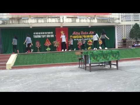 Nhảy hiện đại 11b2+11b1---thpt Bỉm Sơn