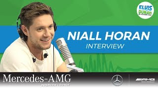 The Little White Lie Niall Horan Uses to Pick Up Women | Elvis Duran Show