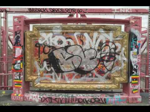 THE CHANGEABLE WALL: ONE YEAR OF GRAFFITI ON THE WILLIAMSBURG BRIDGE PLAQUE