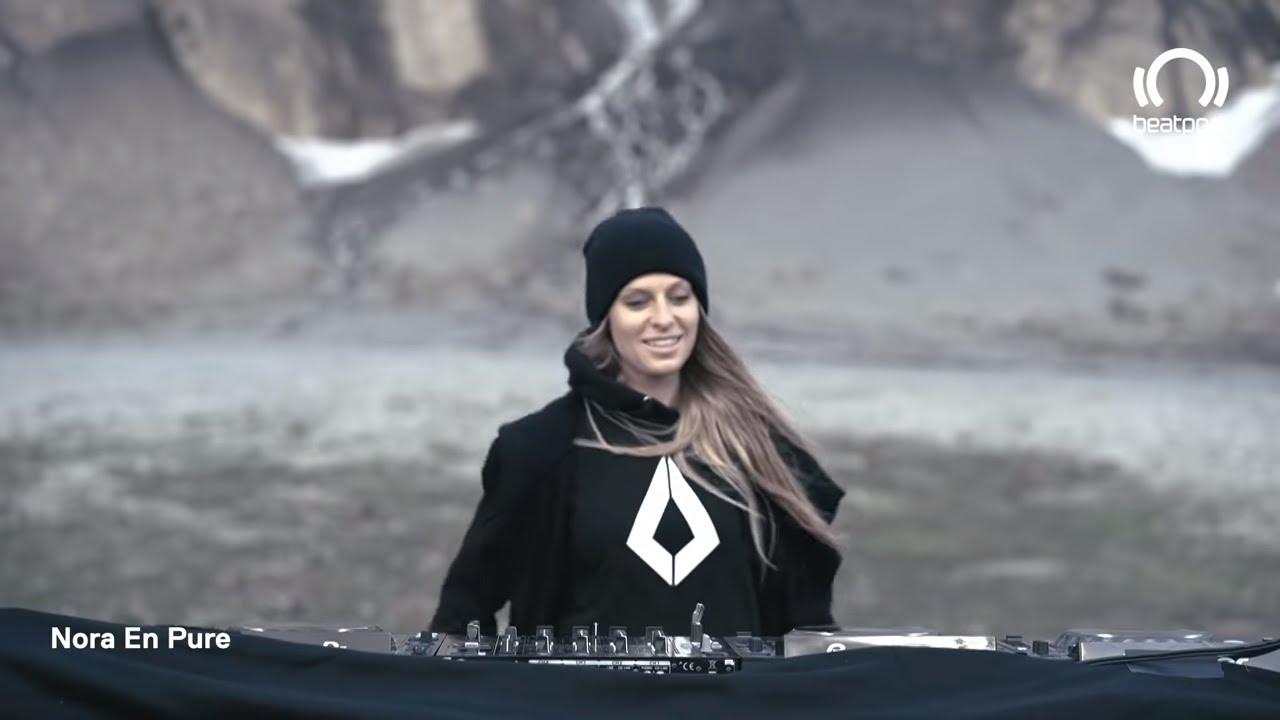 Download Nora En Pure DJ set LIVE from Gstaad, Switzerland   @Beatport Live