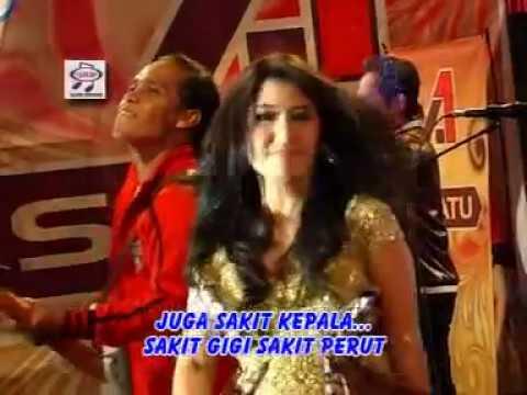 Ine Sinthya - Lima  Menit Lagi ( Official Music Video )