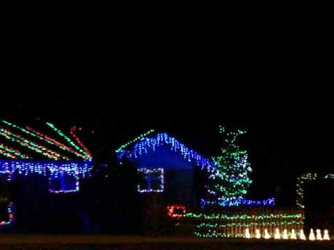 Christmas Lights House In Cleveland TN Sings Rudolph