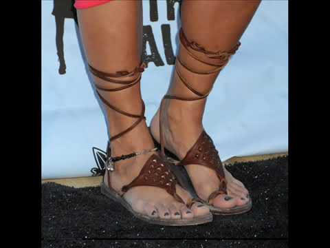 Share your Vanessa hudgens toes point