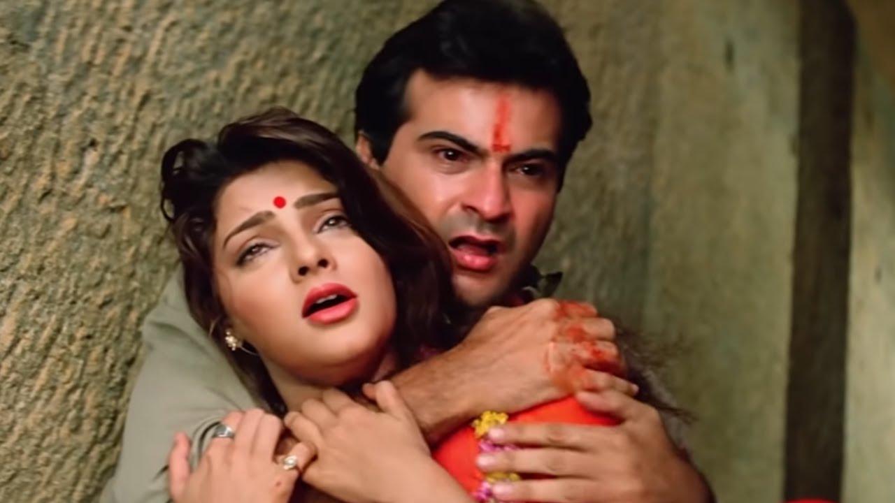 Download शादी के दिन दुश्मनो ने लिया अपना बदला | Sanjay Kapoor | Mamta Kulkarni | Beqabu | Part 05