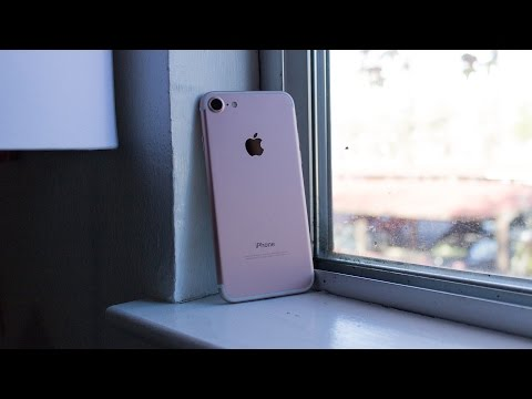 Review: Apple iPhone 7 (128GB, Rose Gold)